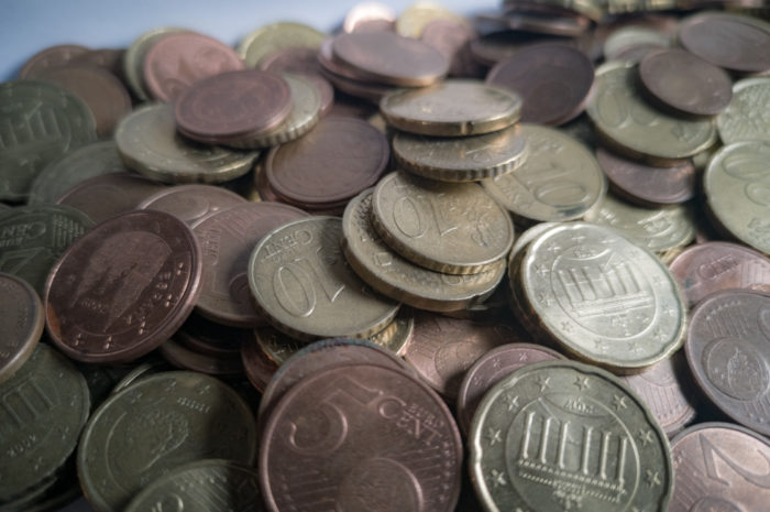 Alle in Deckung – es regnet Geld!